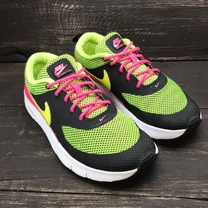 Nike Girls Air Max Thea Size 2.5Y